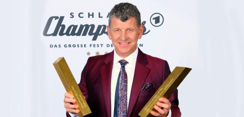 Semino-Rossi---Eins-der-Besten---Pressefoto-1-(c)-Dominik-Beckmann